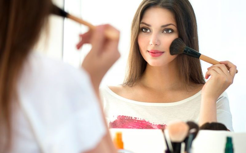Makeup for Beginners: 6 Tips you should know